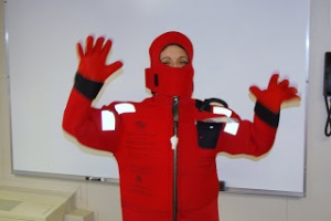 Survival suit for safety