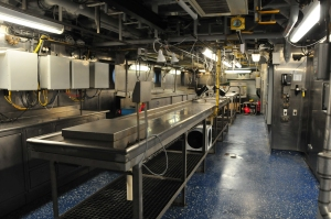Stainless steel counters in long lab