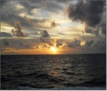 These photographs were taken at sunset on the Indian Ocean between squalls. Image credits: Jacquelyn Hams