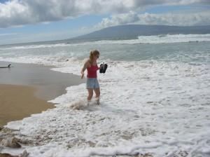 Alicia in ocean