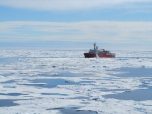 USCGS Louis on Ice