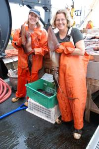 Julia Clemons, NOAA Fisheries and Jennifer Fry, TAS pictured with Humbolt squid. Today's catch totaled 444 squid.