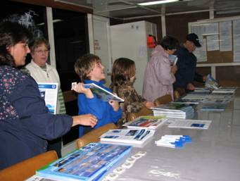 At the end of the tour, visitors were able to take home books, brochures, and pamphlets.
