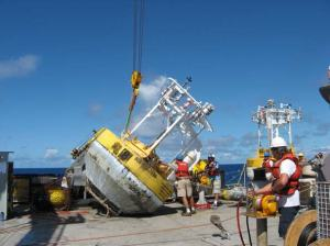 Recovery of WHOTS-2 buoy aboard the R/V REVELLE.