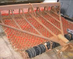 Mesh netting in the dredge