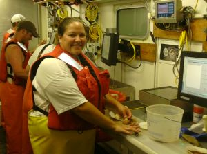 Virginia Measuring the Scallop's Meat Weight