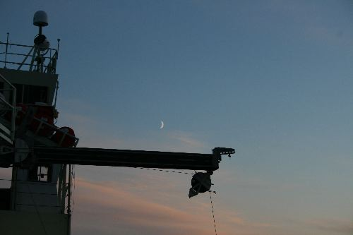Moon over the Knorr