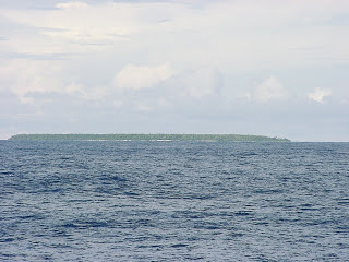 Small island in the Cook Islands chain