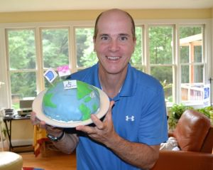 Kevin McMahon, Earth birthday cake