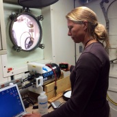 Dr. Lizet Christiansen downloads high resolution images from TowCam's Nikkon camera.