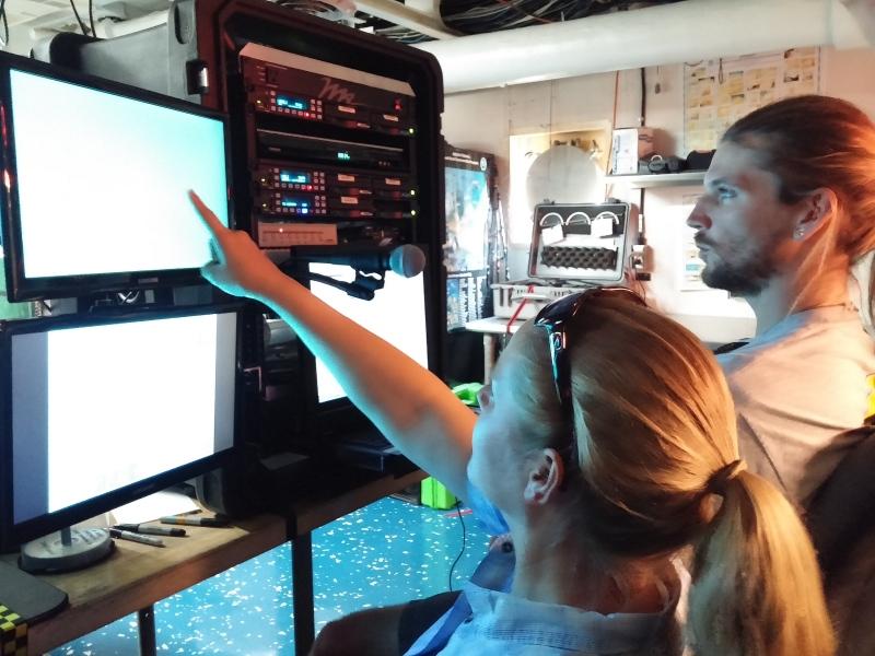 scientists & ROV