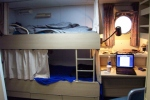 Jennifer's stateroom bunk and desk