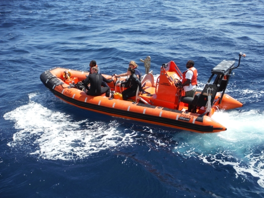 dive boat returns after successfully locating the trap
