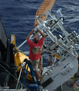 Dismantling the buoy.