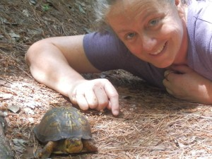 TAS Lee Teevan and a box turtle