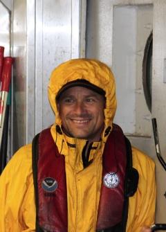 Rob C. escapes the rain (photo by David Knight)